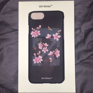 the best attitude 13bcc e8a24 Authentic Off-White cherry flowers iPhone case